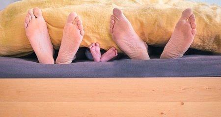 Baby sollte bei Eltern schlafen